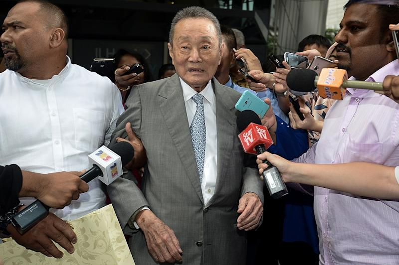 Business tycoon Robert Kuok leaves Ilham Tower after attending his first meeting with the Council of Elders in Kuala Lumpur May 22, 2018. — Picture by Mukhriz Hazim