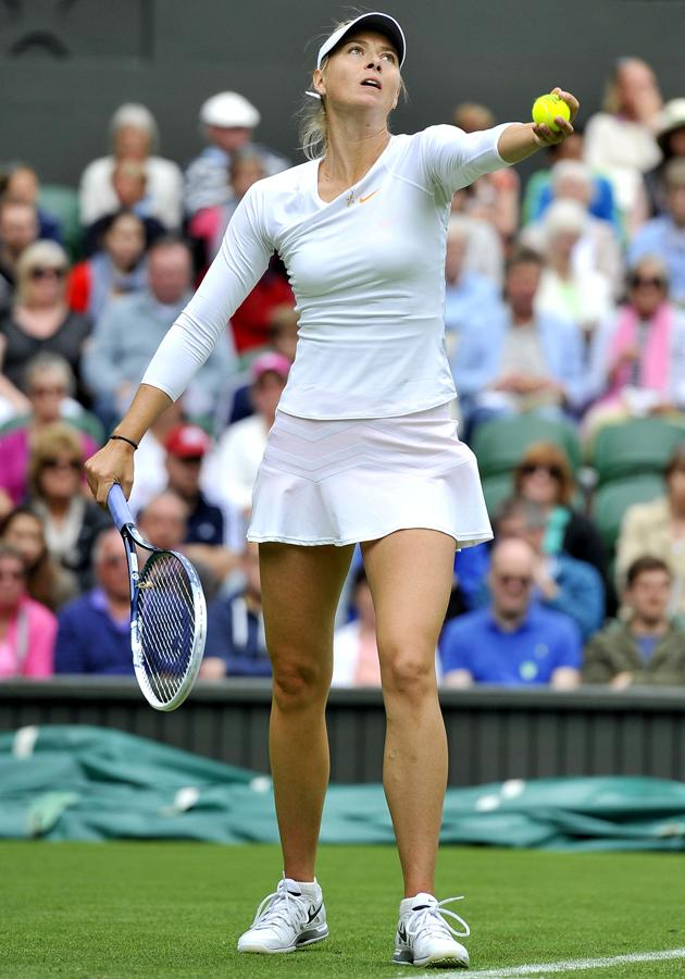 fotogallery-xxx-tennis-players-legs-with-fat-dildo