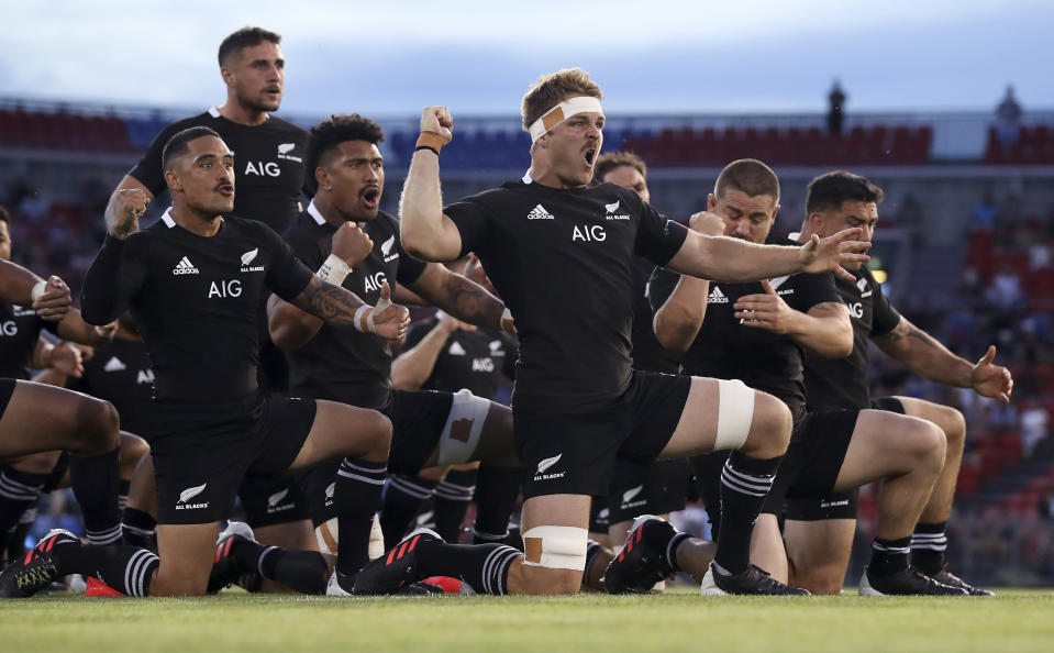 The New Zealand All Blacks perform the haka prior to the 2020 Tri-Nations match between Argentina and the All Blacks in Newcastle, Australia, Saturday, Nov. 28, 2020. (Mark Kolbe/Pool via AP))