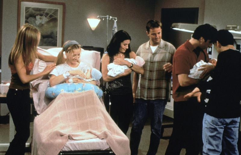 The cast of 'Friends' (Photo: Warner Bros. Television / Courtesy: Everett Collection)