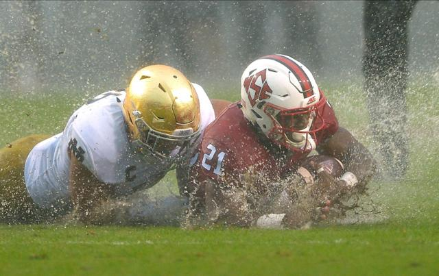 NC State's Matthews Dayes (21) rushed for 126 yards in the win over Notre Dame. (Photo by Grant Halverson/Getty Images)