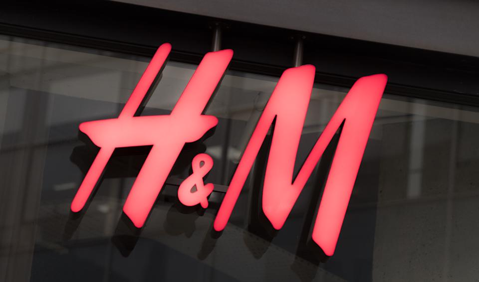 More than 1,800 H&M stores are temporarily closed due to COVID restrictions. Photo: Ian West/PA via Getty Images