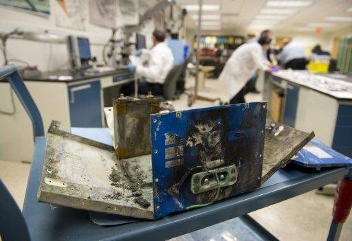 Boeing seeks temporary fix for suspect batteries: report