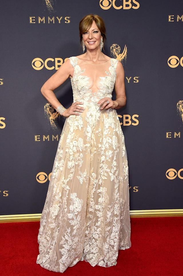 <p>Allison Janney attends the 69th Annual Primetime Emmy Awards on September 17, 2017.<br> (Photo: Getty Images) </p>