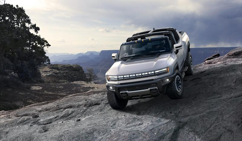 The 14 coolest features of the $113,000 2022 Hummer EV 'Edition 1' — GMC's all-electric 'super truck' coming next year