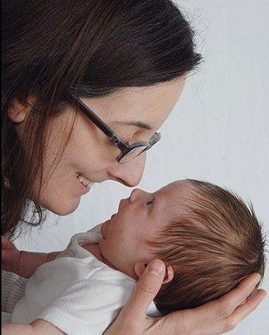 Notareschi was also in the throes of postpartum OCD when she took this happy-looking photo with her newborn daughter in 2013.