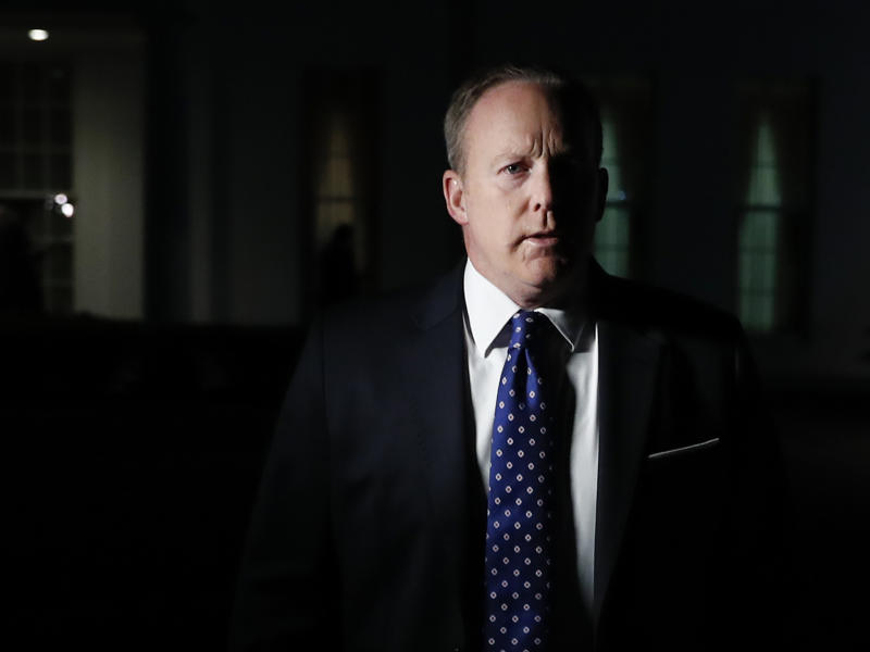 Sean Spicer future as White House Press Secretary 'in doubt over handling of James Comey firing'
