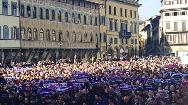 <p>Fiorentina team-mates and former Roma colleagues were among the mourners who paid their respects to the player in Florence on Thursday </p>