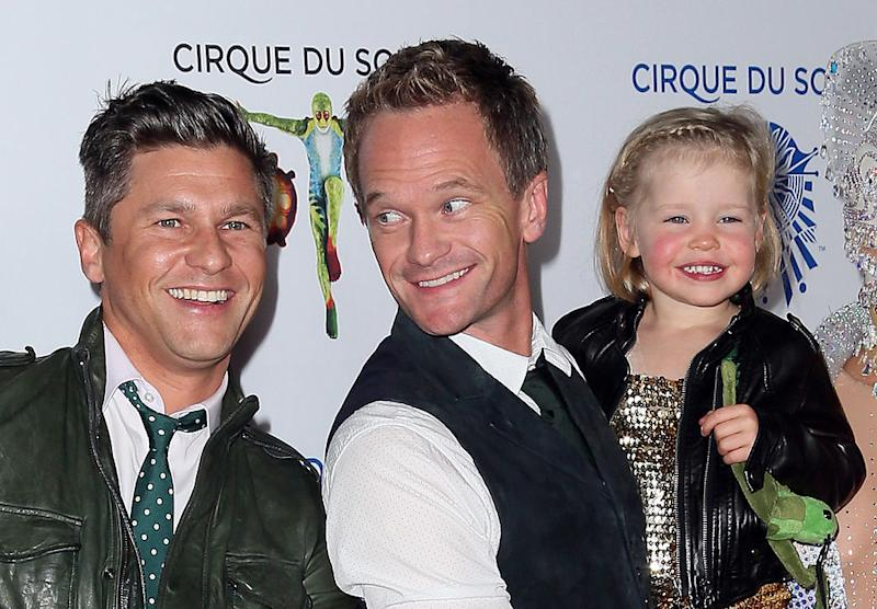 Patrick Harris and his family's throwback Halloween costumes will ...