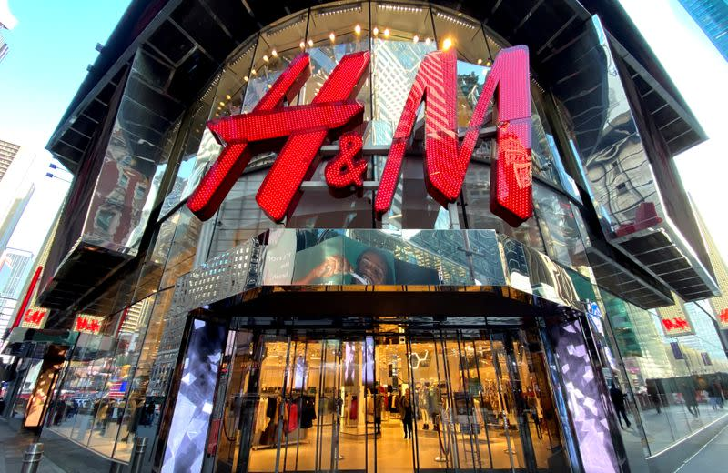 H&M lines up supply chain to deliver protective gear to hospitals
