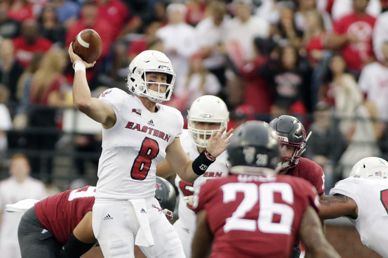Washington St may go with another graduate transfer at QB