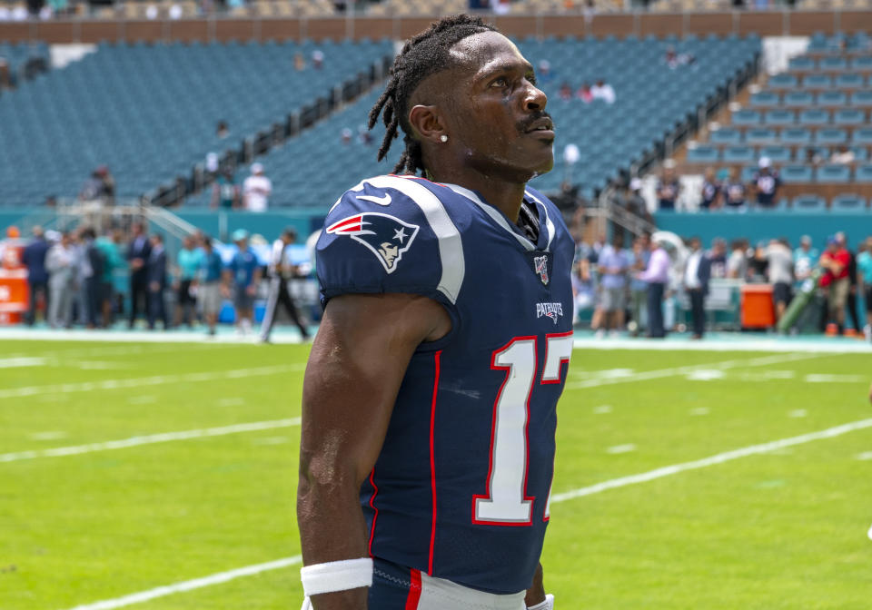 Antonio Brown delivered a not-so-subtle Christmas message that he's the cure to the Patriots offensive woes.(Doug Murray/Icon Sportswire via Getty Images)