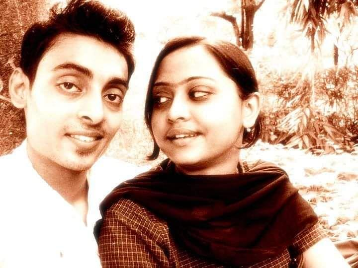 Payel and Sabyasachi in their younger days.
