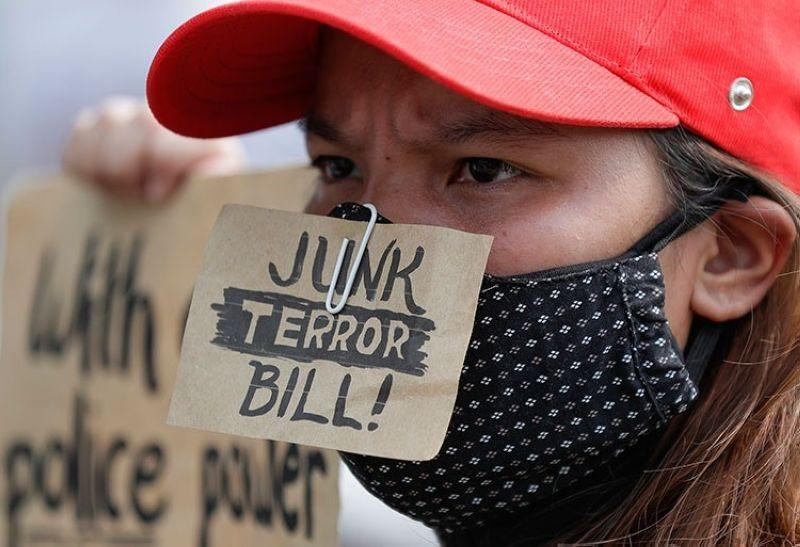 Anti-terrorism bill gets votes of 6 local solons