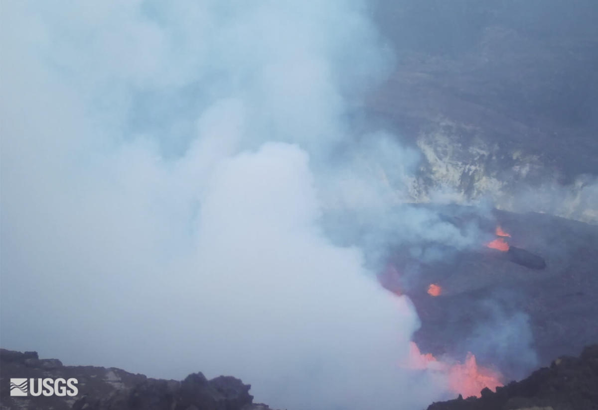, Hawaii's Kilauea volcano erupts, lava fountains form in park, The Evepost National News