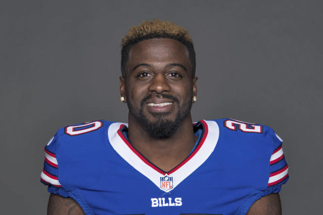 File-This is a 2017 file photo of Shareece Wright of the Buffalo Bills NFL football team. Wright, who turns 31 next month, has played seven seasons with the Chargers, Ravens and Bills. The Oakland Raiders added some needed help at cornerback, agreeing to contracts with free agents Rashaan Melvin and Wright on Friday, March 16, 2018. He spent last season in Buffalo where he had one interception and five passes defensed in 12 games. Wright has experience playing both outside and in the slot. (AP Photo/File)