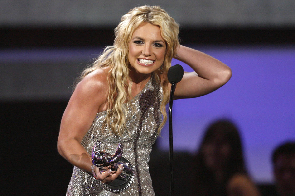 Britney Spears accepts the award for Best Pop Video for