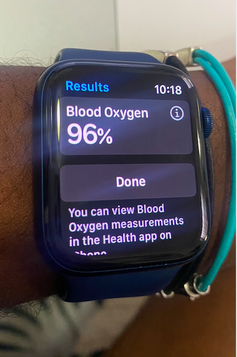 The native blood oxygen app is easy to use. Tap 'Start', wait 15 seconds and it'll display your results.