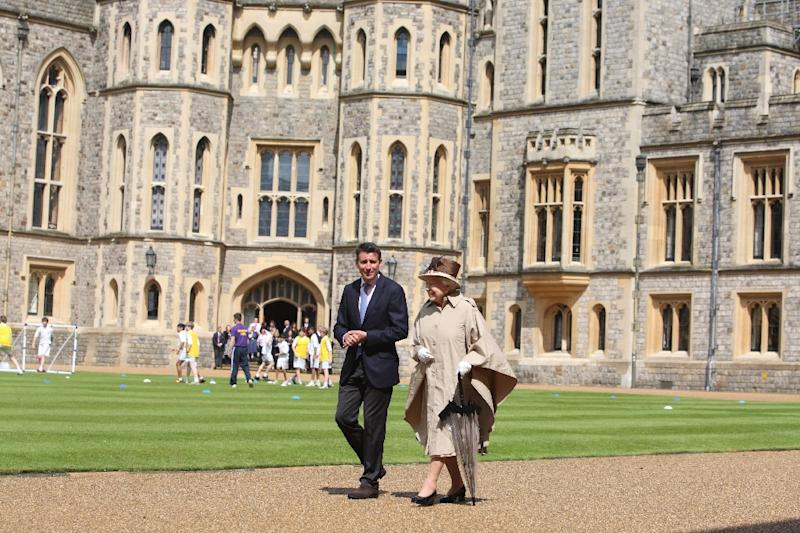 Queen Elizabeth Ii Outside Windsor Castle Afp Photo Steve Parsons