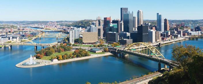 Panoramic view on Pittsburgh, PA skyline