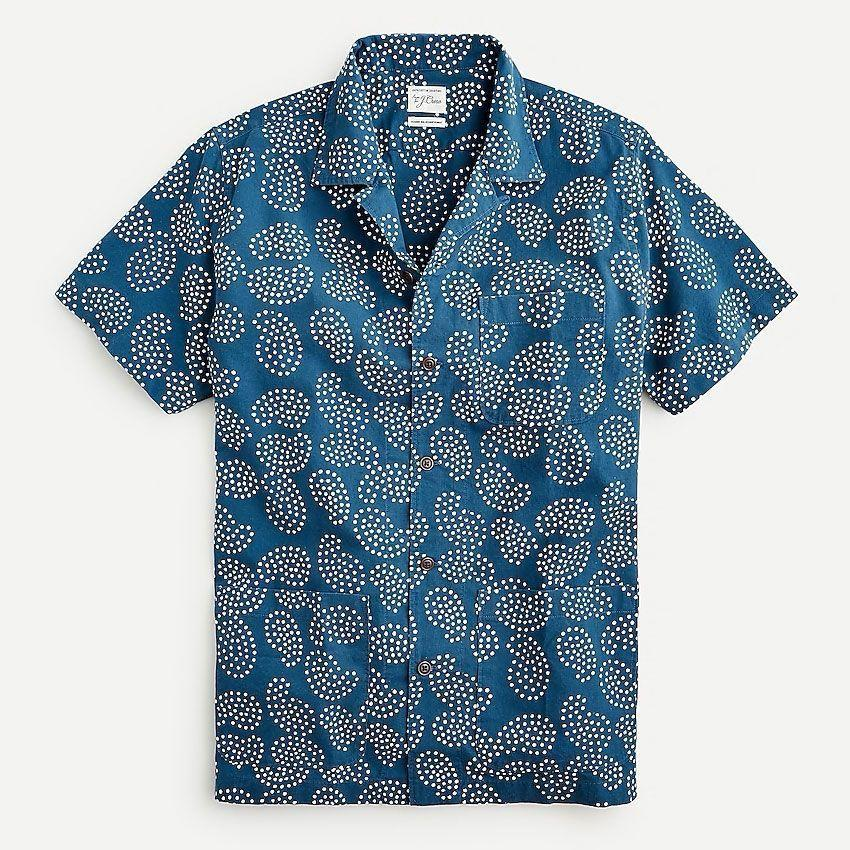 """<p><strong>J.Crew</strong></p><p>jcrew.com</p><p><strong>$148.00</strong></p><p><a href=""""https://go.redirectingat.com?id=74968X1596630&url=https%3A%2F%2Fwww.jcrew.com%2Fp%2FAX403&sref=https%3A%2F%2Fwww.esquire.com%2Fstyle%2Fmens-fashion%2Fg36561704%2Fbest-new-menswear-may-28-2021%2F"""" rel=""""nofollow noopener"""" target=""""_blank"""" data-ylk=""""slk:Shop Now"""" class=""""link rapid-noclick-resp"""">Shop Now</a></p><p>Hand-blocked paisley on a guayabera riff that comes complete with the hip pockets traditionally found on the go-to warm-weather shirt? Say less.</p>"""