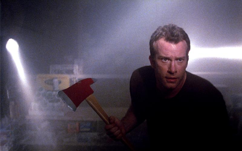 Thomas Jane in Frank Darabont's adaptation of Stephen King's 'The Mist' (Photo: Weinstein Company/courtesy Everett Collection)