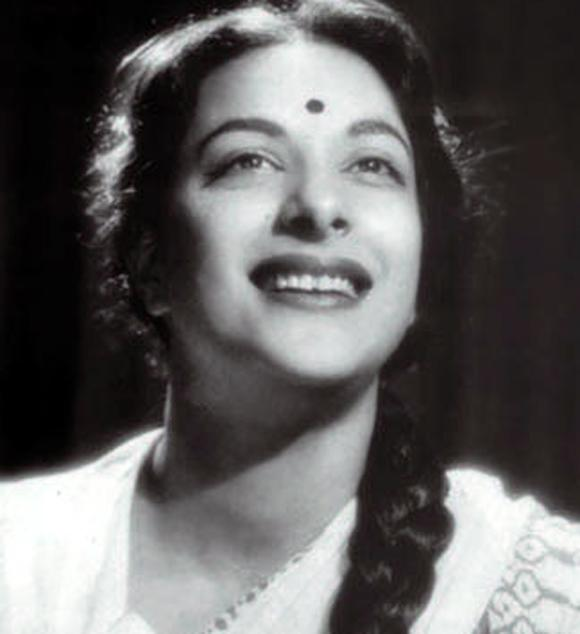 <b>3. </b><b>Nargis</b><br>Nargis was the first lady of Indian cinema. She was the foundation of Raj Kapoor's cinematic fantasies. Without her, the RK banner wouldn't have been what it is today. Films like 'Shree 420', 'Awaara', 'Barsaat', 'Chori Chori' and 'Andaz' wouldn't be the classics they are without her. Not only famous in India; she was one of our most recognised actresses abroad. Russians, especially, fell in love with her; her Indo-Russian co-production 'Pardesi' was a blockbuster in Russia. She gave iconic hits like 'Jogan' and 'Mela' opposite Dilip Kumar but her greatest performance came with 'Mother India' (1957). Her portrayal of an upright mother, who fights against the system and doesn't compromise on her values even when it comes to her wayward son, brought the whole nation to tears. Now long gone, she still is as fresh in the audience's minds as ever.