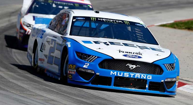 Brad Keselowski led all 130 laps of Stage 2 to capture his second stage win at Martinsville Speedway in Sunday's STP 500. Keselowski, who has one Martinsville win in his career, collected his second stage win of the season in winning his second stage of the day. He led 254 of the first 260 laps. […]