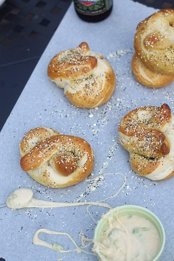 "<p>Yeah, cream cheese is good, but have you had bagels with aged monterey jack, pale ale, and hatch pepper fondue? We didn't think so. This recipe makes the richest, creamiest, and hands down best bagel-dipping sauce ever, so get ready to dive in. Enjoy! </p> <p><strong>Get the recipe</strong>: <a href=""https://www.cookingforkeeps.com/everything-bagels-with-aged-monterey-jack-pale-ale-and-hatch-pepper-fondue/"" class=""link rapid-noclick-resp"" rel=""nofollow noopener"" target=""_blank"" data-ylk=""slk:everything bagels with aged monterey jack, pale ale, and hatch pepper fondue"">everything bagels with aged monterey jack, pale ale, and hatch pepper fondue</a></p>"