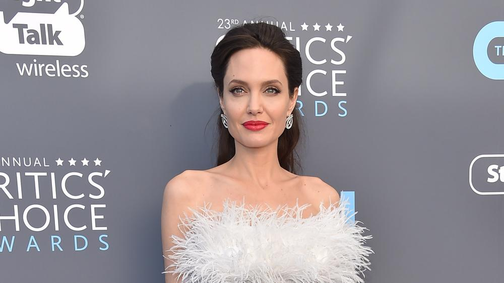 <p>Rank 1, American actress Angelina Jolie </p>