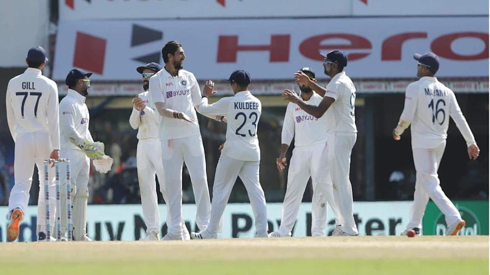 India vs England: Hosts in driving seat after extending lead