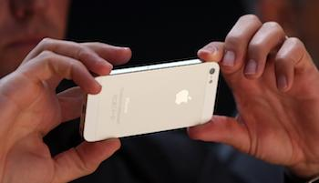iPhone 5 Presales Sell Out in About an Hour