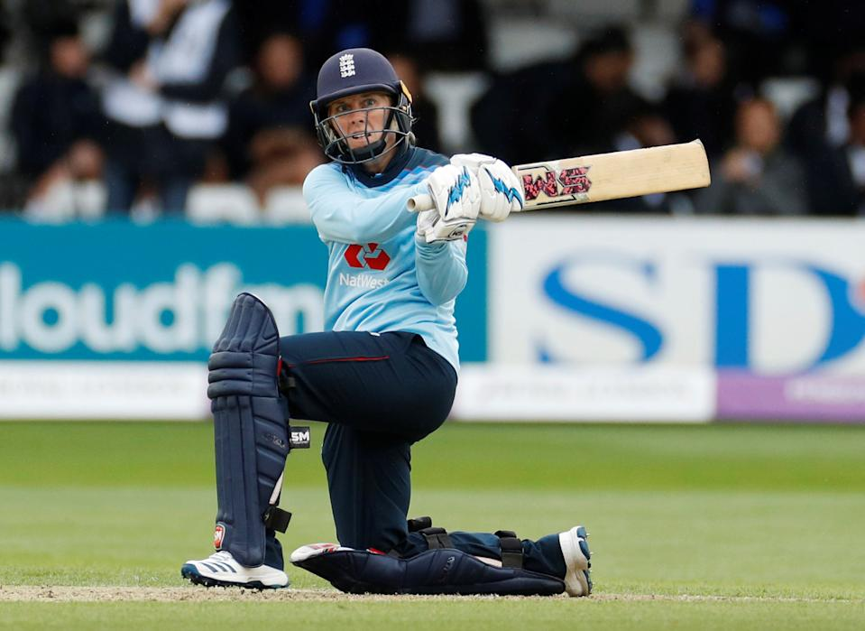 England captain Heather Knight has called on her team to bounce back from warm-up defeat, ahead of the start of their limited-overs tour of New Zealand on Tuesday © Action Images via Reuters