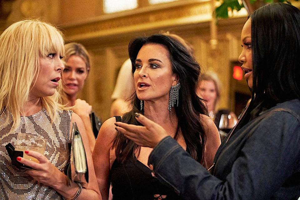 Sutton Stracke, Kyle Richards and Garcelle Beauvais have an arguement