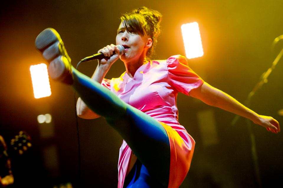 Kathleen Hanna of Bikini Kill performs in 2019. (Photo: Ollie Millington/Redferns)