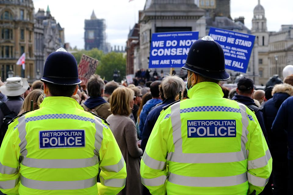LONDON, UNITED KINGDOM - SEPTEMBER 26, 2020 - Unite for Freedom, anti-lockdown protest in Trafalgar Square- PHOTOGRAPH BY Matthew Chattle / Barcroft Studios / Future Publishing (Photo credit should read Matthew Chattle/Barcroft Media via Getty Images)