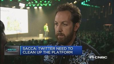 Early Twitter investor Chris Sacca says he 'hates' the stock, calls bot issue 'embarrassing'