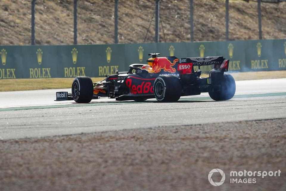 """Max Verstappen, Red Bull Racing RB16 spins<span class=""""copyright"""">Zak Mauger / Motorsport Images</span>"""