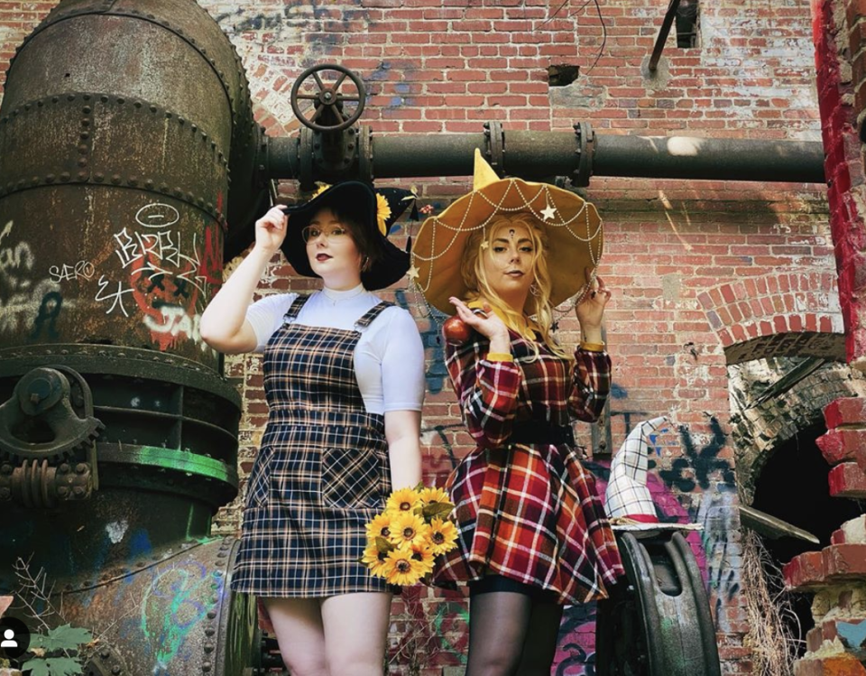 """<p>This fun DIY costume is like a cross between a witch and a scarecrow. Look for a plaid dress (or long shirt) and a witch hat. For added effect, use hot glue to affix charms or flowers to the hat. </p><p><a class=""""link rapid-noclick-resp"""" href=""""https://www.amazon.com/Floerns-Vestido-verano-estampado-cami/dp/B07PVNTXXN?tag=syn-yahoo-20&ascsubtag=%5Bartid%7C10072.g.33534666%5Bsrc%7Cyahoo-us"""" rel=""""nofollow noopener"""" target=""""_blank"""" data-ylk=""""slk:SHOP PLAID DRESS"""">SHOP PLAID DRESS</a></p><p><a class=""""link rapid-noclick-resp"""" href=""""https://www.amazon.com/Dantiya-Womens-Colored-Pointed-Yellow/dp/B01JOMWAWK?tag=syn-yahoo-20&ascsubtag=%5Bartid%7C10072.g.33534666%5Bsrc%7Cyahoo-us"""" rel=""""nofollow noopener"""" target=""""_blank"""" data-ylk=""""slk:SHOP YELLOW WITCH HAT"""">SHOP YELLOW WITCH HAT</a></p><p><a class=""""link rapid-noclick-resp"""" href=""""https://www.amazon.com/Artificial-Sunflower-Sunflowers-Daisies-Decoration/dp/B07L2WB6S1/?tag=syn-yahoo-20&ascsubtag=%5Bartid%7C10072.g.33534666%5Bsrc%7Cyahoo-us"""" rel=""""nofollow noopener"""" target=""""_blank"""" data-ylk=""""slk:SHOP FAUX FLOWERS"""">SHOP FAUX FLOWERS</a></p>"""