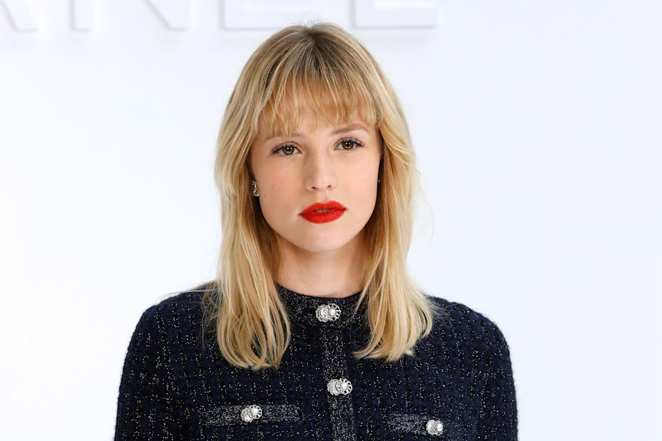 Belgian singer and songwriter Angele Van Laeken aka Angele poses during the photocall prior to the Chanel Women's Fall-Winter 2020-2021 Ready-to-Wear collection fashion show at the Grand Palais in Paris, on March 3, 2020. (Photo by FRANCOIS GUILLOT / AFP) (Photo by FRANCOIS GUILLOT/AFP via Getty Images)