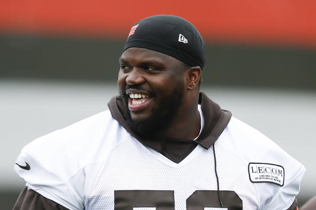 """<a class=""""link rapid-noclick-resp"""" href=""""/nfl/teams/cleveland/"""" data-ylk=""""slk:Cleveland Browns"""">Cleveland Browns</a> offensive lineman Greg Robinson was ejected from the season opener. (AP)"""