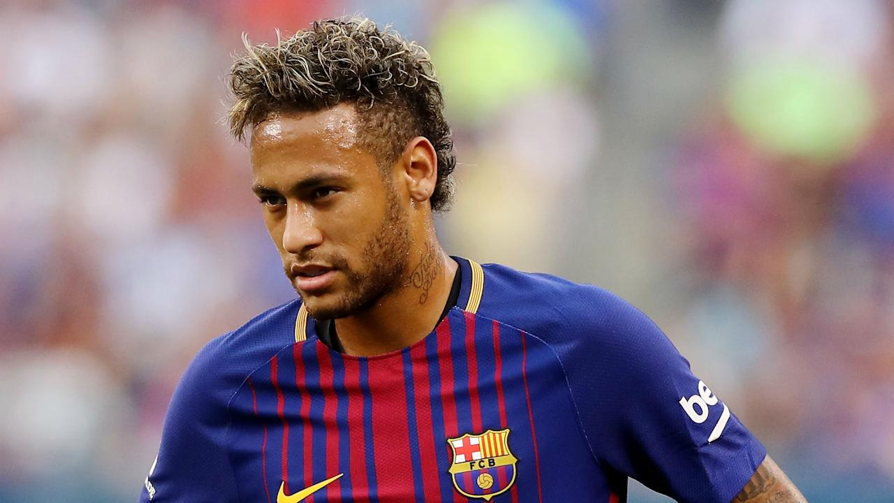 The former France boss believes signing the Barcelona star could see the Ligue 1 giants take the next step towards greatness