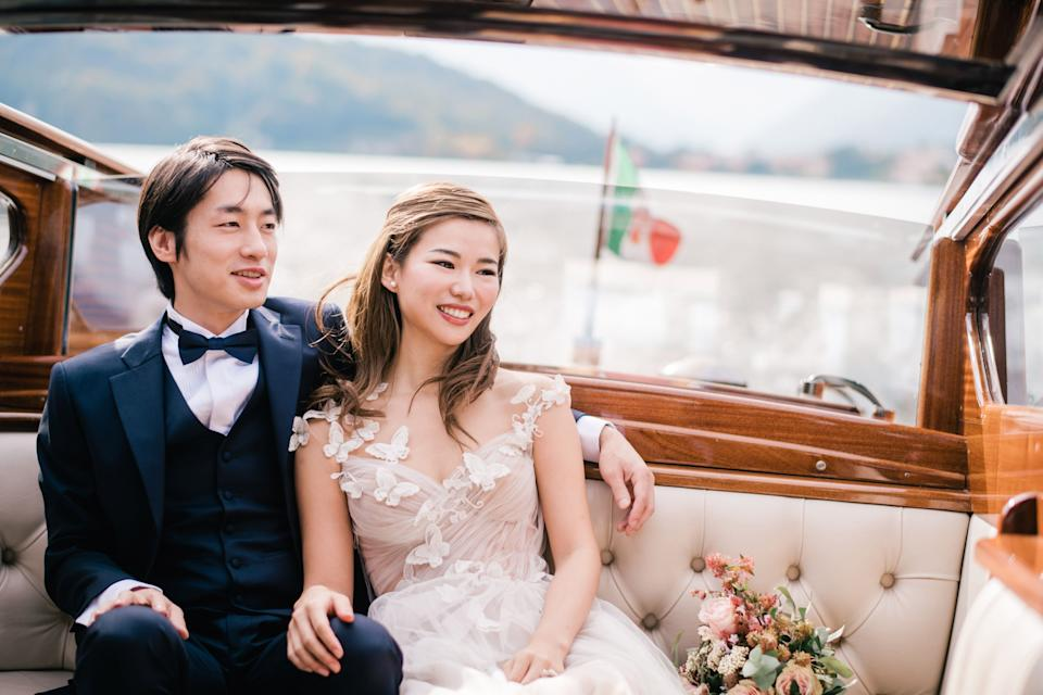 """The couple eloped in Lake Como, Italy, with just their parents present. (Photo: <a href=""""https://www.manisolwedding.com/"""" target=""""_blank"""">ManiSol Wedding </a>)"""