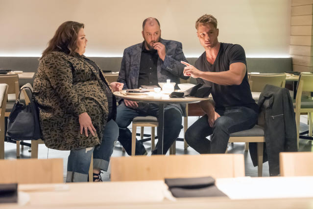 <p>Chrissy Metz as Kate Pearson, Chris Sullivan as Toby Damon and Justin Hartley as Kevin Pearson in NBC's <i>This Is Us</i>.<br>(Photo: Ron Batzdorff/NBC) </p>