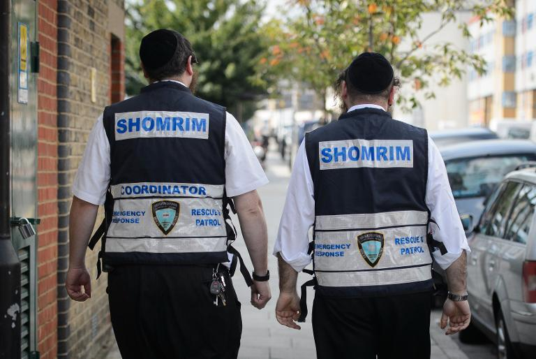 "The work of the 25-strong ""Shomrim"" patrol in London has caught the eye of US Secretary of State John Kerry, who praised the neighbourhood patrol group's ""remarkable courage"""