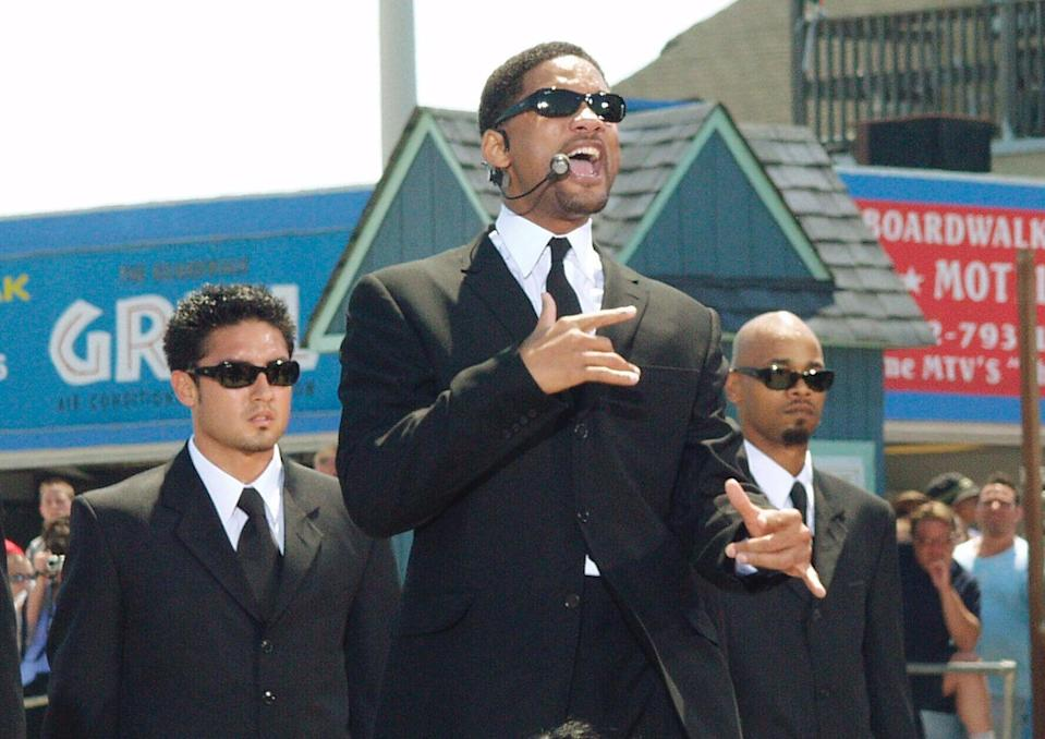 """<p><a class=""""link rapid-noclick-resp"""" href=""""https://www.popsugar.com/Will-Smith"""" rel=""""nofollow noopener"""" target=""""_blank"""" data-ylk=""""slk:Will Smith"""">Will Smith</a> performed at the MTV Beach House in Seaside Heights, NJ, for <b>TRL</b> in 2002.</p>"""