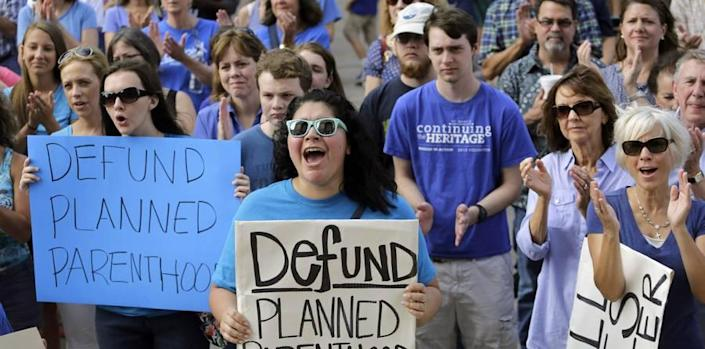 Anti-Abortion Laws Don't Reduce Abortion Rates, But Birth Control Does