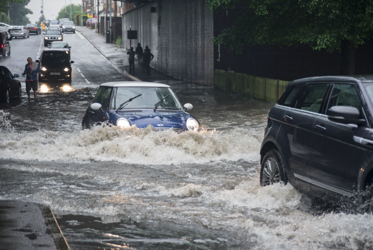 High risk of 'unprecedented' winter downpours - Met Office