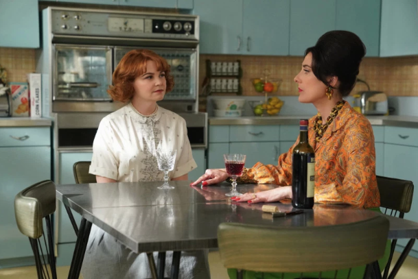 Ginnifer Goodwin portrays 1960s housewife Beth Ann in the new CBS All Access dark comedy, Why Women Kill. (Photo: CBS All Access)