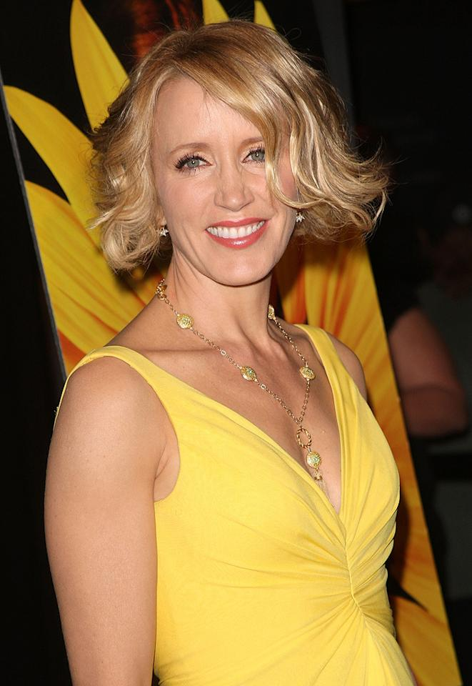 """<a href=""""http://movies.yahoo.com/movie/contributor/1800026107"""">Felicity Huffman</a> at the Los Angeles premiere of <a href=""""http://movies.yahoo.com/movie/1809912209/info"""">Phoebe in Wonderland</a> - 03/01/2009"""